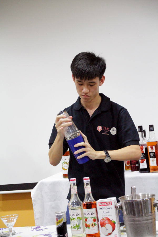 Marcus @ TMC The Art Of Mixology Mocktail Competition