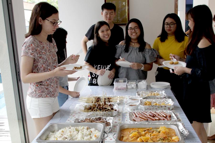 TMC Academy April Orientation - Lunch time