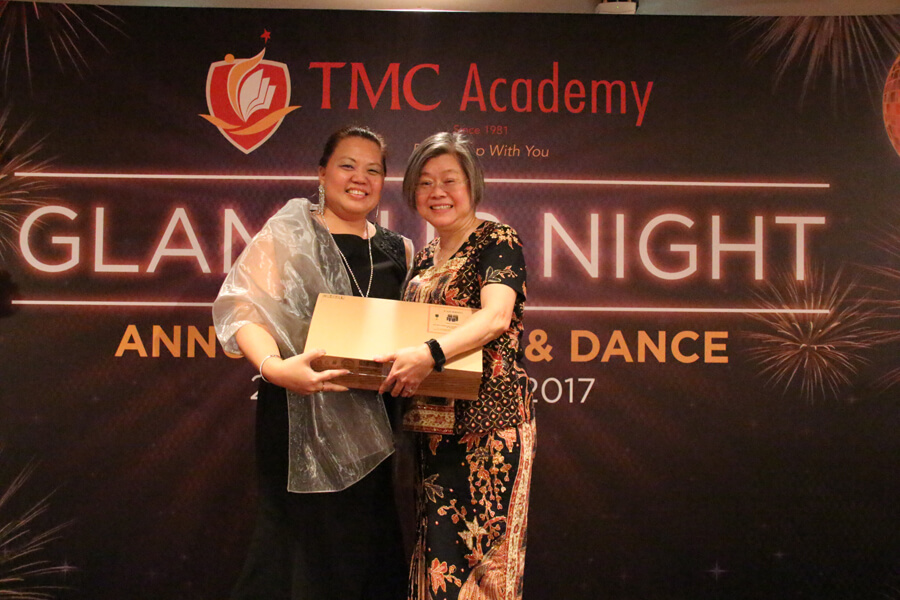 Lucky Draw Grand Prize Winner @ TMC Glamour Night